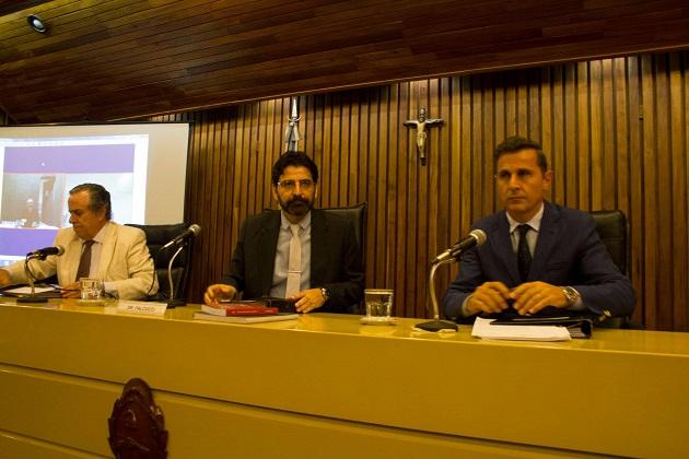 Díaz Gavier, Julián Falcucci y Fabián Asís