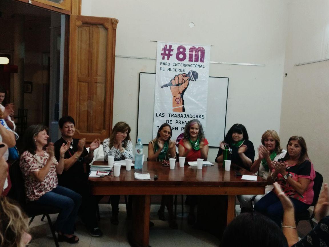 #8M / Intersindical de Mujeres  María Ana Mandakovic: «No nos venden más por bombones ni flores»